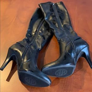 NEW Dana Bachman black heeled boots